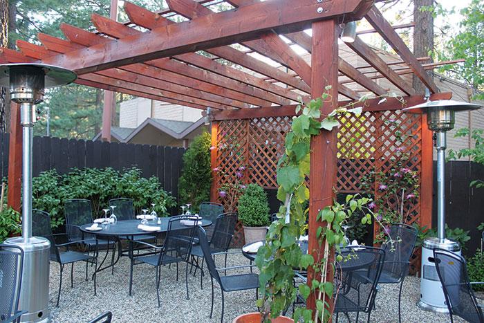 Scusa Italian Ristorante patio